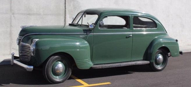 1941-Plymouth-front