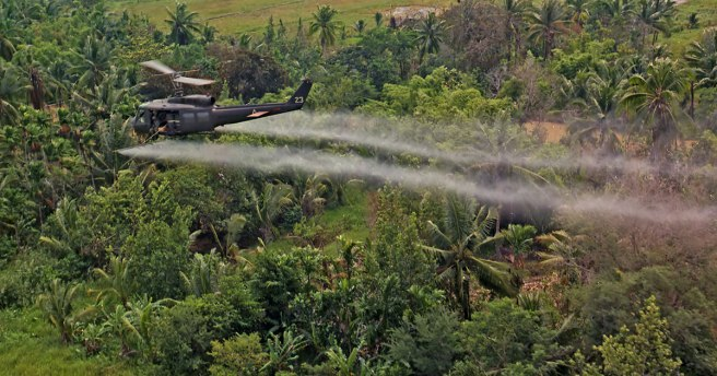 wiki-Defoliation_agent_spraying-1200