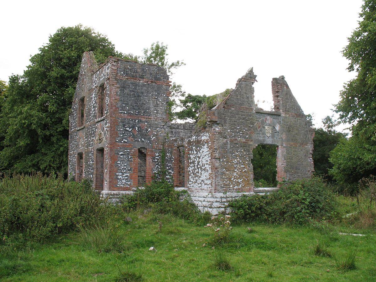 1200px-Dysert_Victorian_Ruins