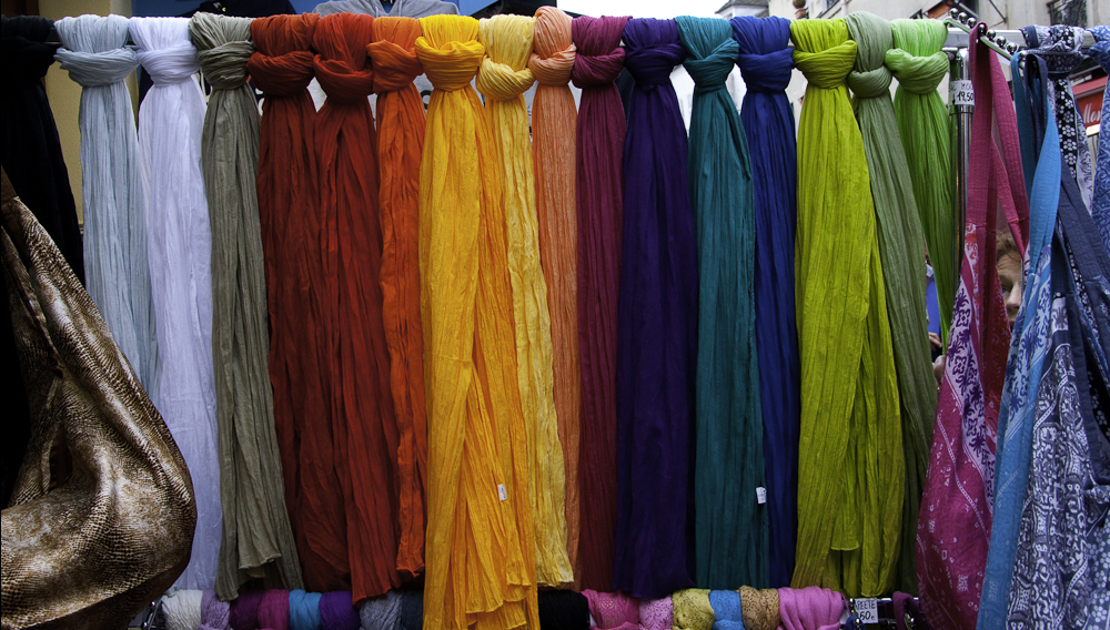Colorful_scarves